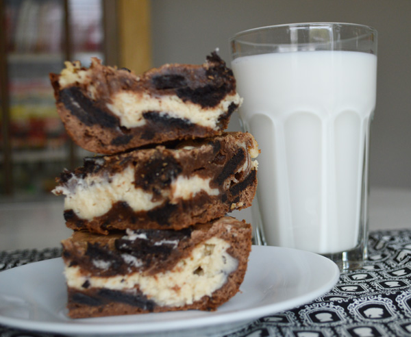 Oreo Cheesecake Brownies | The Modern Dad