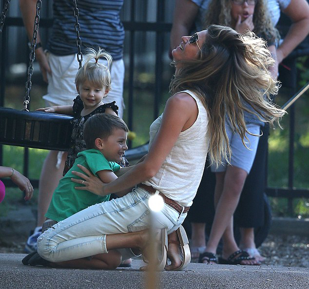 2015 Mother of the Year | Gisele Bundchen | The Modern Dad