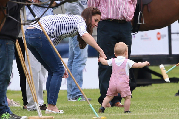 2015 Mother of the Year | Kate Middleton | The Modern Dad